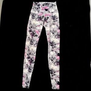 Lululemon Woman's White Floral Leggings